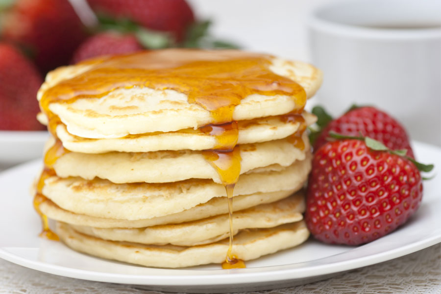 american-pancakes-maple-syrup
