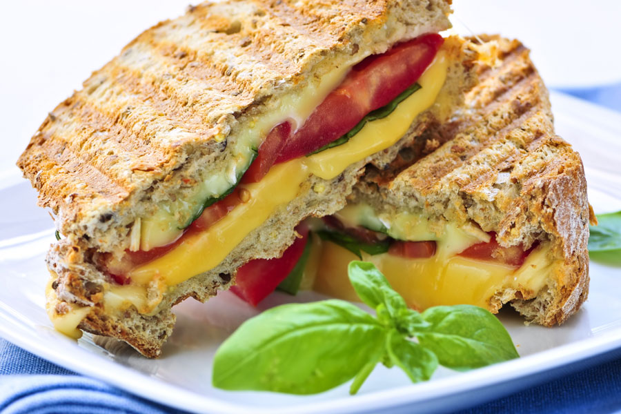 Cheese-and-Tomato-Toasted-Sandwich