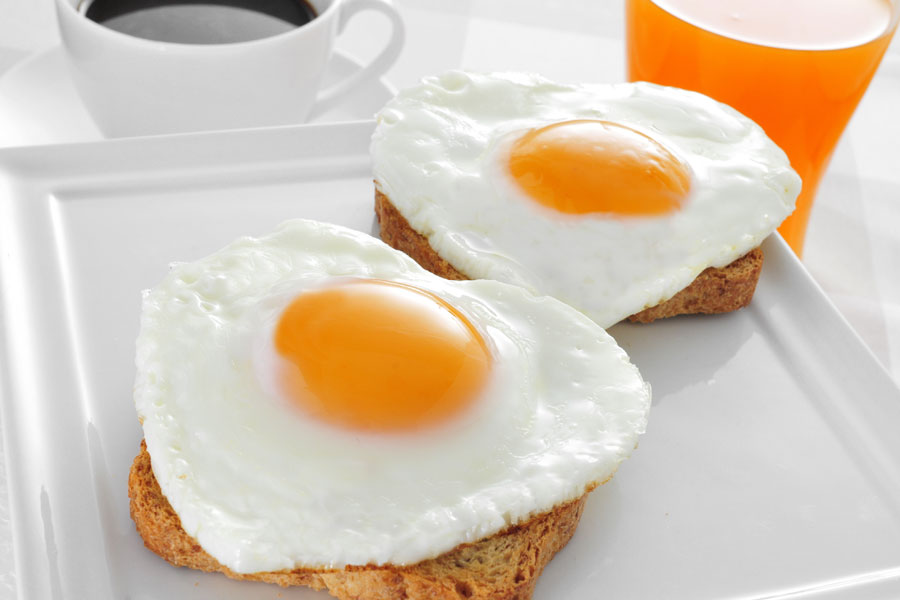 Fried-Eggs-on-Toast