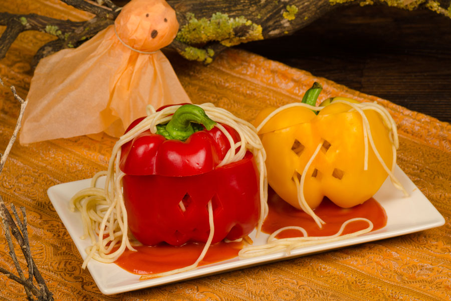 Spaghetti-Stuffed-Peppers-for-Halloween