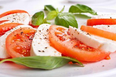 Tomato-and-Mozzarella-Salad
