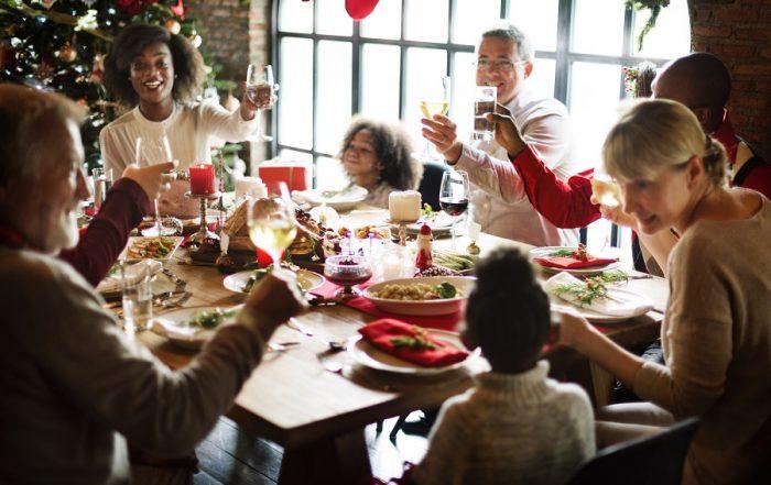 Family-Christmas-Smart-Restaurants